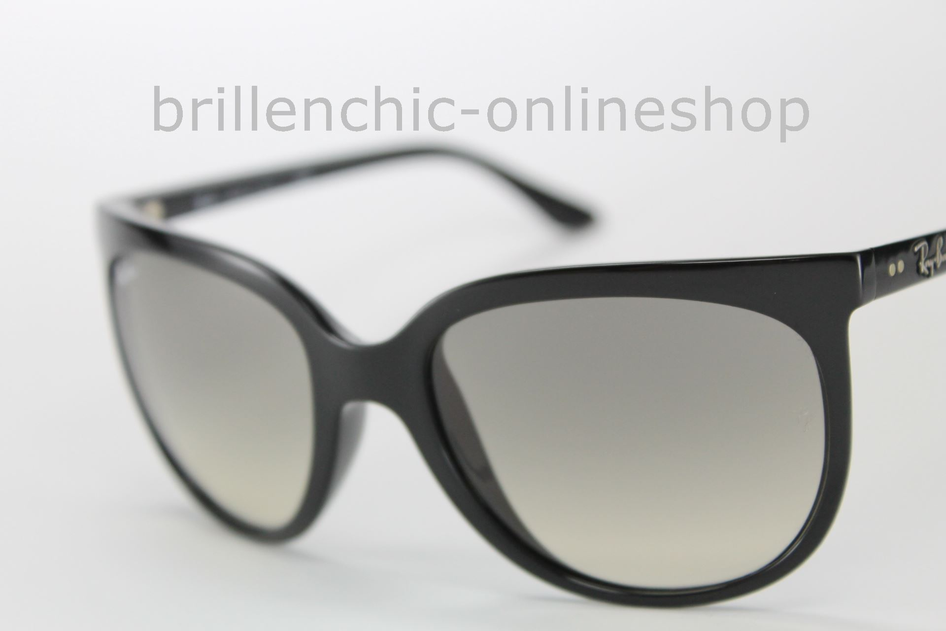 b0c6e4a7797 Ray Ban Rb4126 « One More Soul